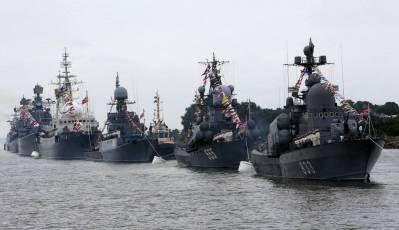 Ο Πούτιν απέσυρε το στρατό από τα σύνορα με την Ουκρανία, αλλά θα επιστρέψει από τη θάλασσα